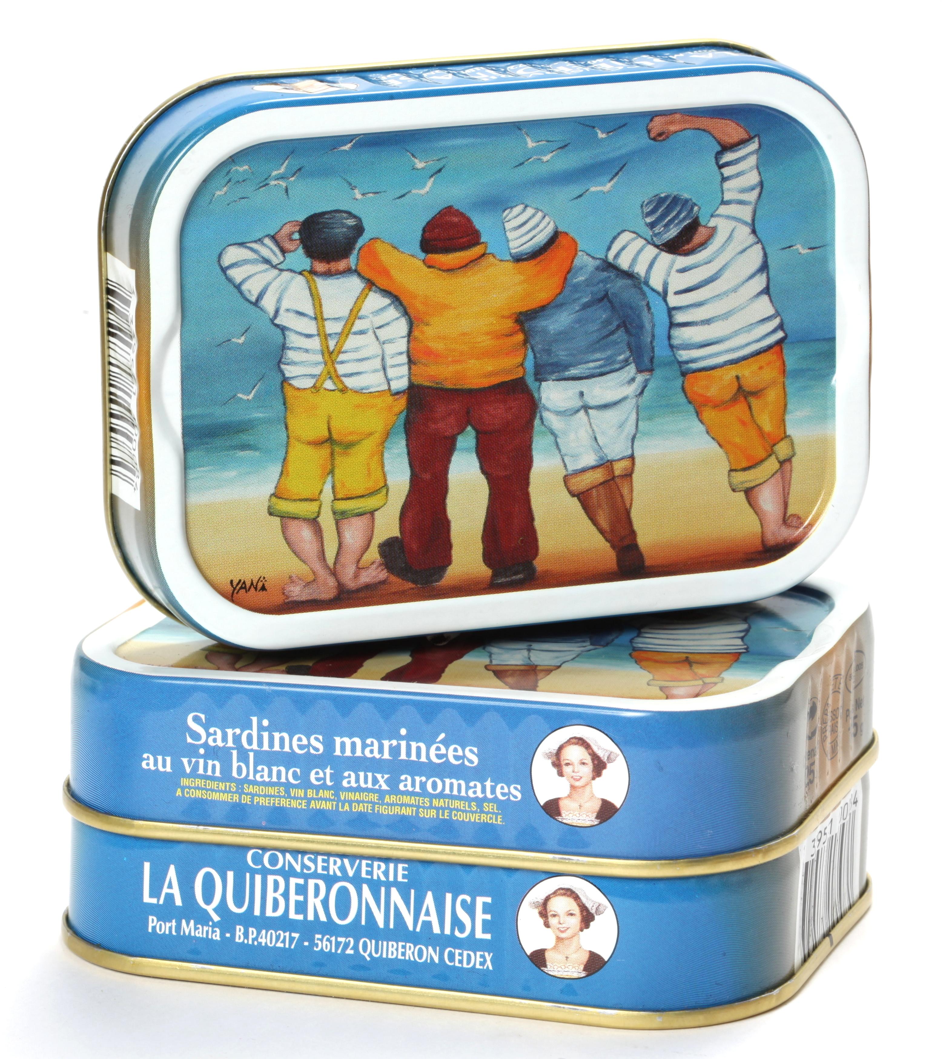 un tableau du peintre yan sur une bo te de sardines la quiberonnaise concertation. Black Bedroom Furniture Sets. Home Design Ideas