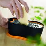 FISKARS PATES  Râpe à fromage Cliquez sur le visuel pour le télécharger